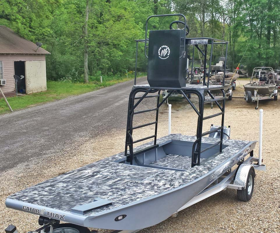 Honda Dealers In Tennessee >> Tower - Gator Trax Boats